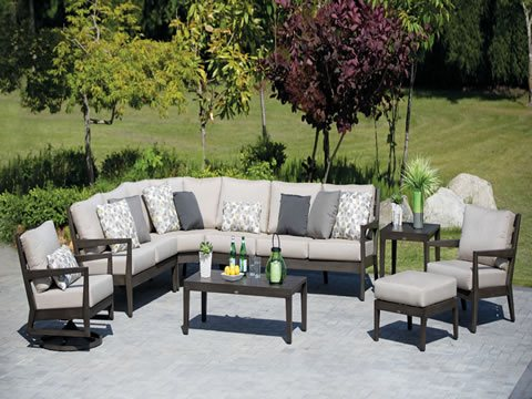 lucia-sectional-collection
